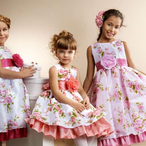 Платья для девочек: фасоны, материалы, цвета