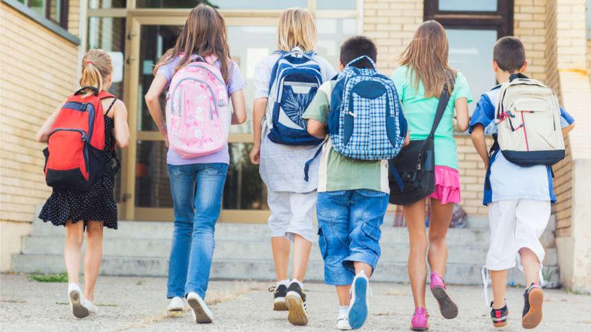 Как начать подготовку к школе. Выбираем одежду
