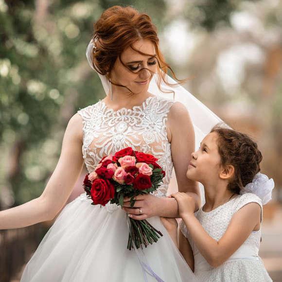 Какое платье выбрать девочке на свадьбу